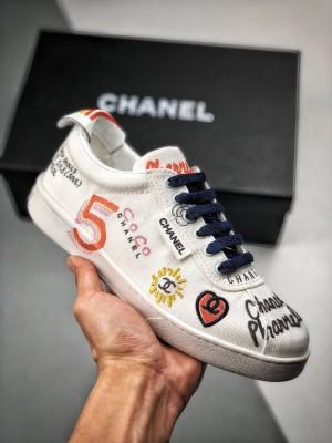 刺绣涂鸦款小白鞋# Chanel x Pharrell 19SS 菲董香奈儿联名   韩国首尔发售