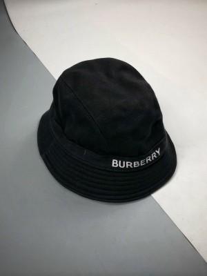 Burberry巴宝莉BBR 黑色字母Logo格子里衬渔夫帽