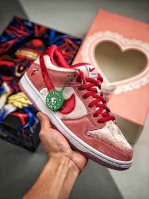 Nike SB Dunk Low x StrangeLove   白粉情人节