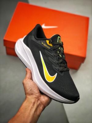 Nk Air Zoom Winflo 7代  网透面气 训跑练步鞋
