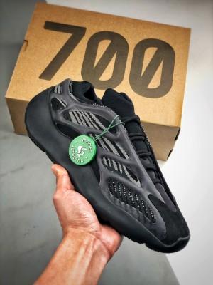 YEEZY 700 V3