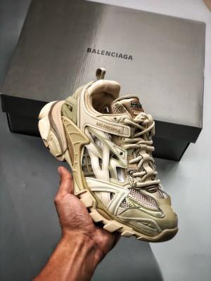 BALENCIAGA Track 2 Sneakers 巴黎世家 轨道镂空二代 卡其灰