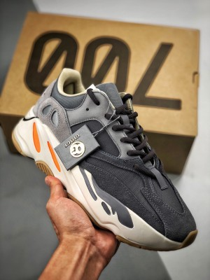 AD Yeezy 700 Boost