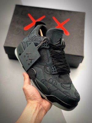 Air Jordan 4 X Kaws 黑麂皮 翻水经典