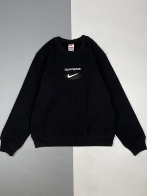 Supreme & Nike 20Fw Swoosh徽标印花圆领卫衣