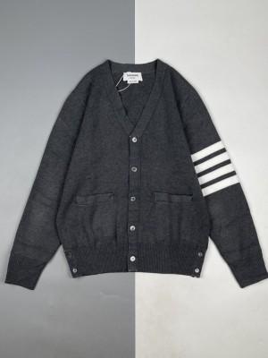 Thom Browne/汤姆布朗 21FW 四杠条纹色织五扣开衫毛衣