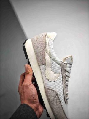 Nike Daybreak SP 华夫网面复古跑鞋
